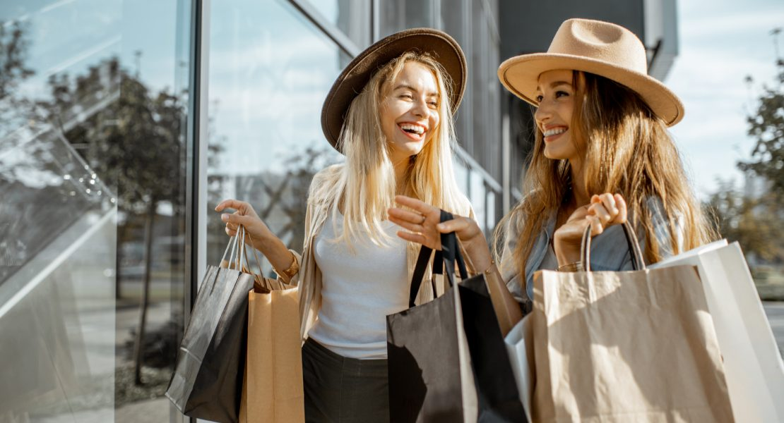 Care este perioada în care se găsesc cele mai mari reduceri la haineCare este perioada în care se găsesc cele mai mari reduceri la haine